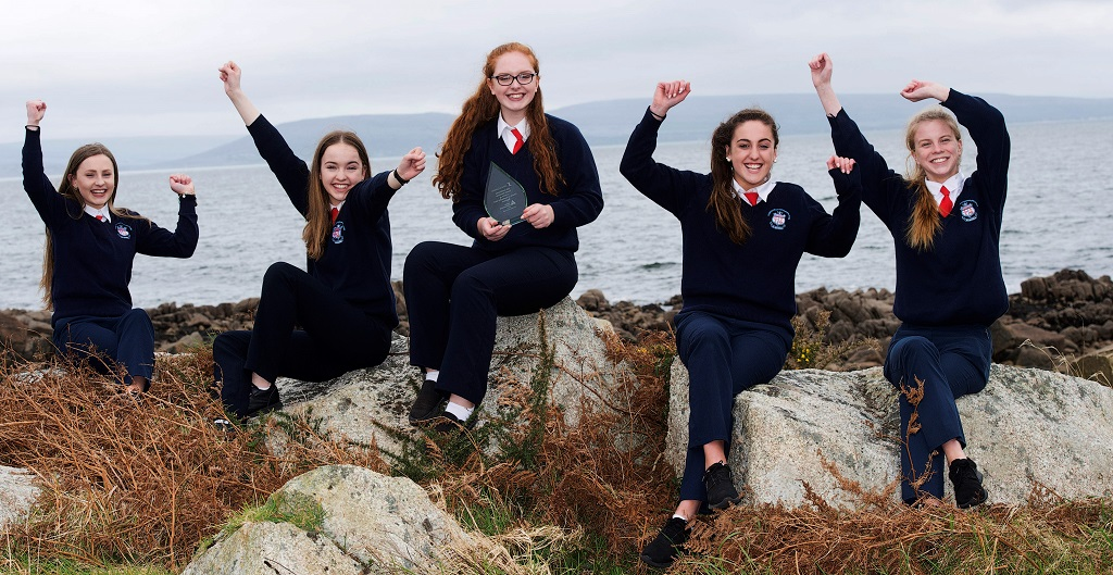 """Repro Free: Colaiste Chroi Mhuire pupils Maire Ni Fhrighil, Liadh Robertson Aoife Nic Chormaic, Blanca Ni Dhonnabhain, and Rebecca Ni Allurain, have been named Winners of the Údarás na Gaeltachta Clár Comhlachta 2017, a hands-on business learning experience run in partnership with Junior Achievement Ireland (JAI). Clár Comhlachta is taught through the Irish language to students attending schools in the Gaeltacht regions of Cork, Galway, Donegal, Kerry, Mayo, Meath & Waterford. This year more than 500 Transition Year students have created, operated and managed their own companies with the assistance of local business volunteers."""" Photo: Andrew Downes, xposure"""