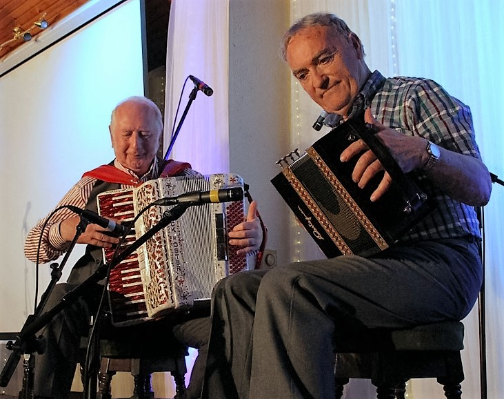 Johnny Connolly agus Mick Foster